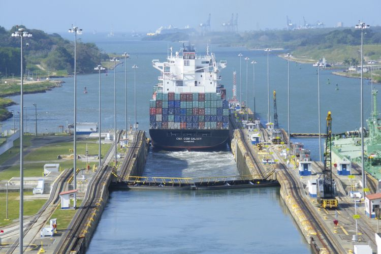 Panama Canal filled with PANOLIN bio hydraulic oil